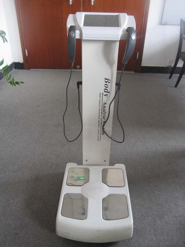 Bio Impedance Body Composition Analyzer with 25 Values
